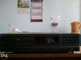CD-проигрыватель Sony CDP-M19