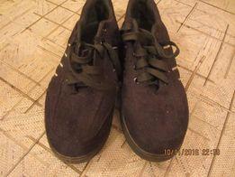 Продам осенние туфли на 42 размер