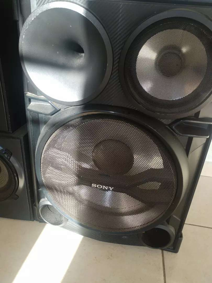 "15"" sony speakers 0"