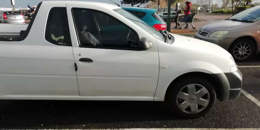 Nissan Np200 for sale 0
