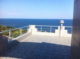 Продам дом на 13 Фонтана у моря первая линия