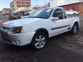 FORD BANTAM 1.3 XLT 2007 model in very good condition