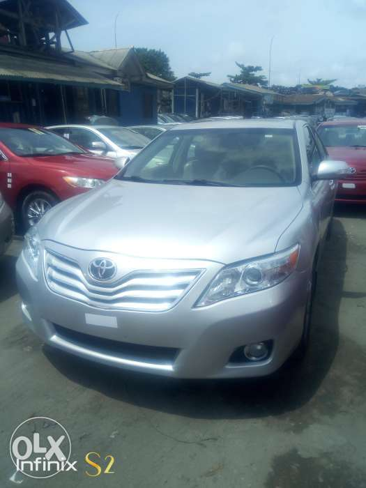 Lagos cleared Toyota Camry XLE 2007 model negotiable 0