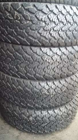 4 × 265 / 65 / 17 tyres for sale