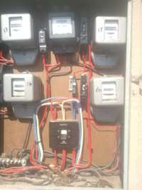 Image of electritian for hire