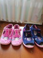 Продаю трикотажные польские детские туфельки б/у