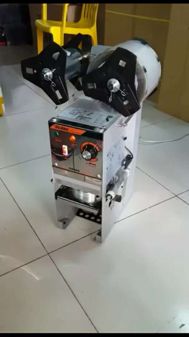 Automatic cup sealing machine 0