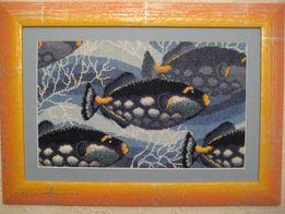 Картина вышивка крестиком и бисером Стайка рыбок