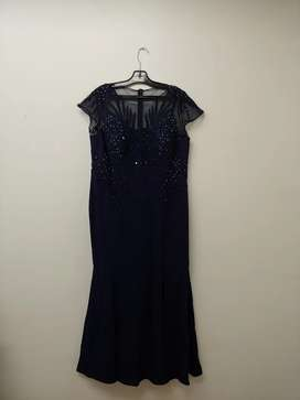 Evening dress / gown / wedding outfit