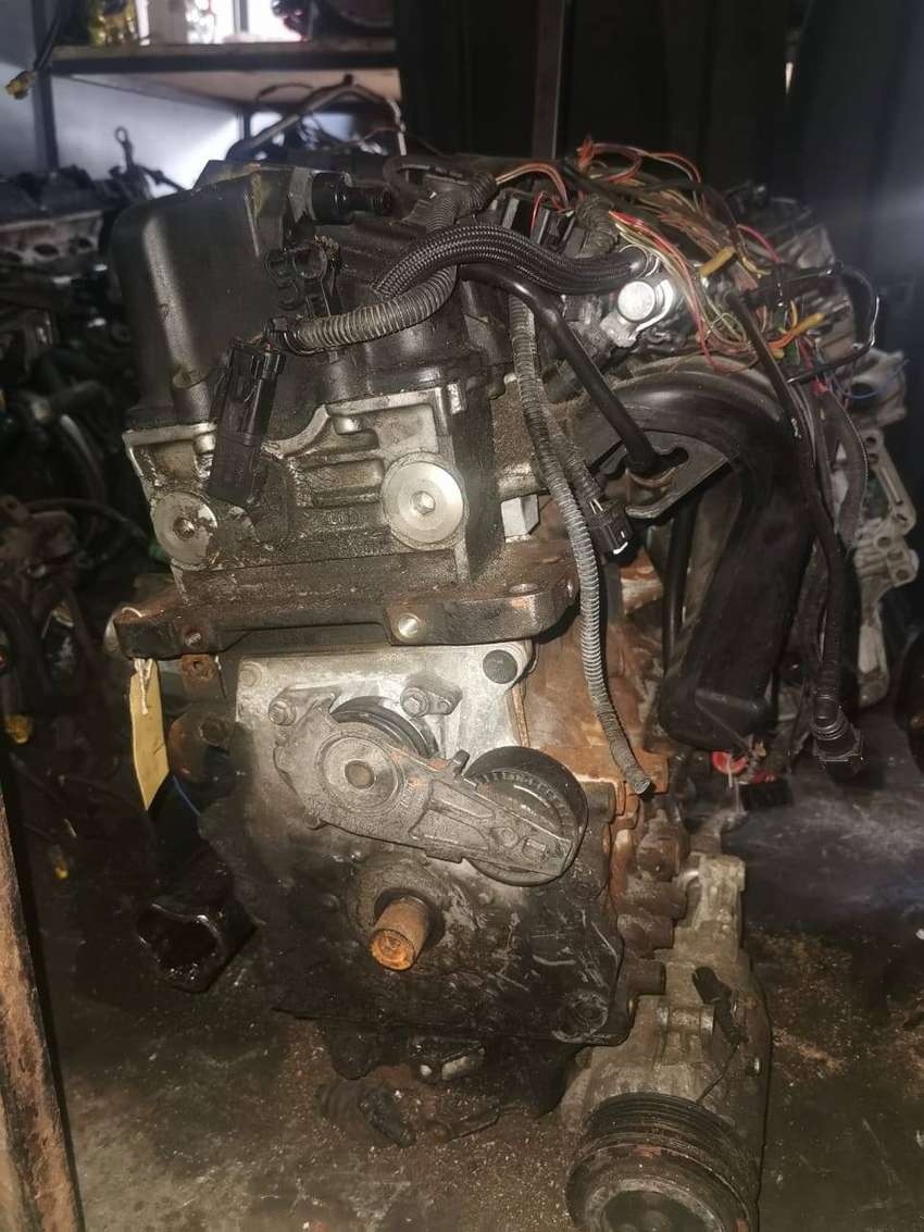 LOOKING FOR ANY MINI PEUGOET CITROEN CARS  FOR SALE ACCIDENT DAMAGED