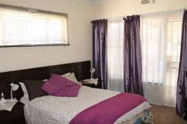 2 rooms available in parkrand