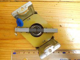 Щётки, втулка, конденсатор от электромясорубки