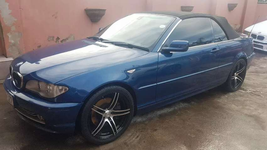 Bmw 330ci convertible or to swop for double cab, price is neg 0