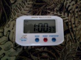 Новые настольные электронные часы DIGITAL MULTI-CLOCK