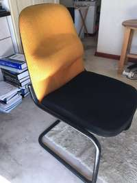 Image of Office chairs for waiting room, very good condition x 2. R200 each neg