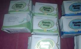 Magnetic sanitary pads and panty lines