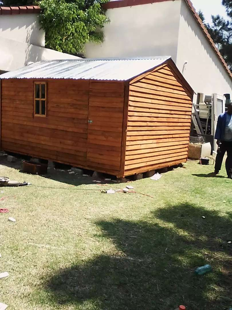 Wendy house and log cabins for sell 0