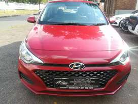 Hyundai i20 with a mileage of 17000km