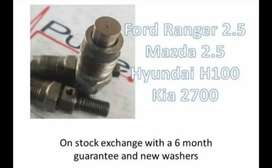 Various Machanical diesel injectors available