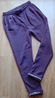 RESERVED spodnie dresowe dziewczynka r.146