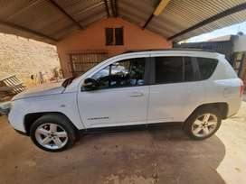 Pre owned Jeep Compass 2.0