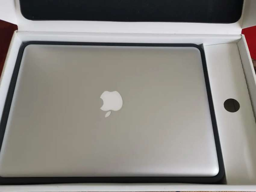 MacBook Pro MD101 0