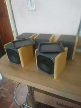 5 X SANSUI SPEAKERS / IMMACULATE CONDITION