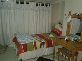 1 Bedroom unit available immediately or 01 Oct in Parow for R4500pm