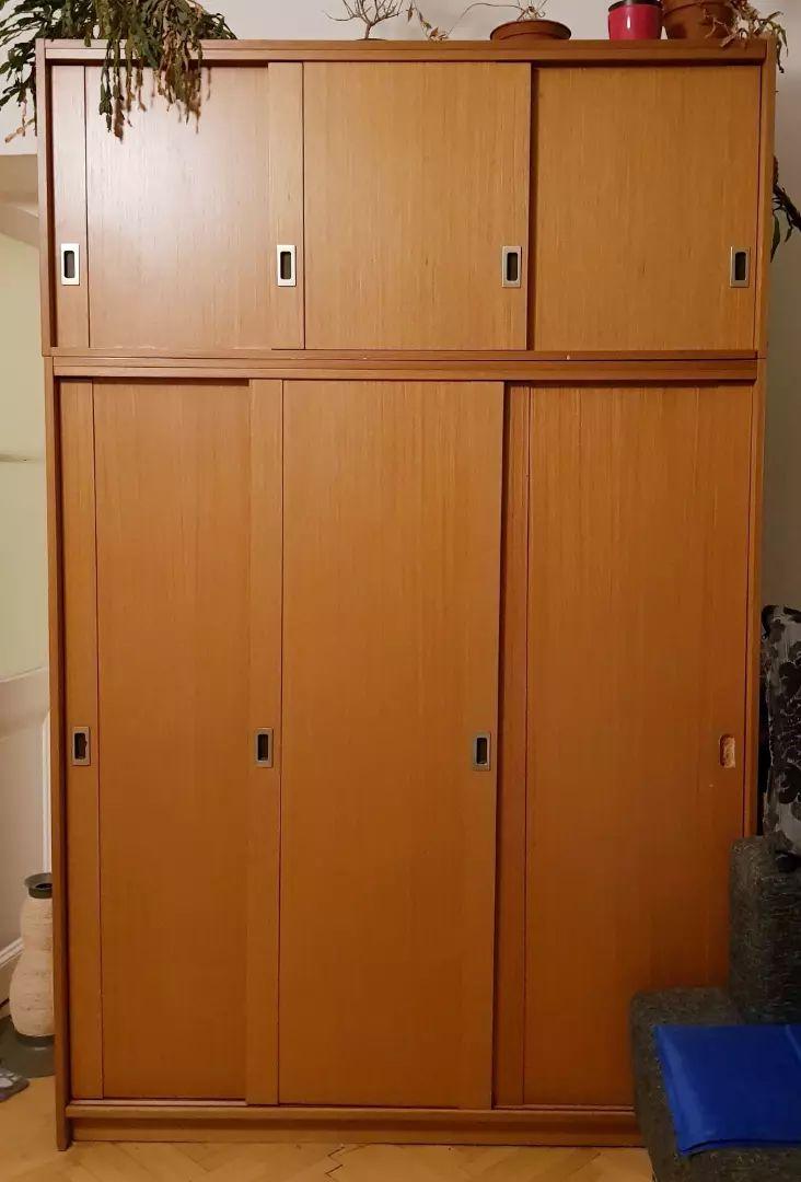 2 šatní skříně za odvoz 0