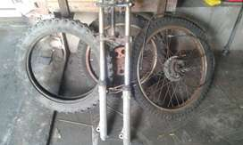 Off-road motorcycle tyres, rims and forks