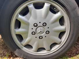 Mercedes Benz original 16 inch Mags