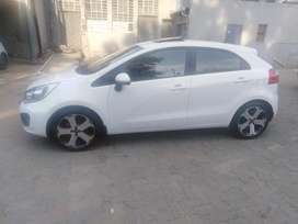 2014 Kia rio 1.4 tech with sunroof and leathers seat