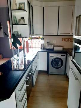 Ground floor imaculate 2 bed apartment