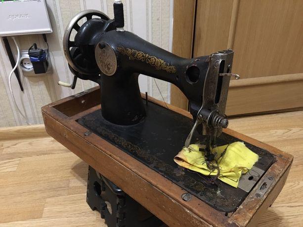 Швейна машинка, Швейная машина
