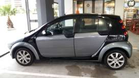 Selling my smart car 1.3l very good condition drive and go