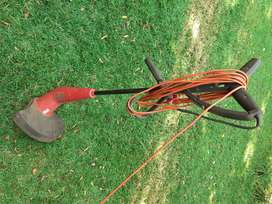 Weed Eater/ Edge trimmerfor lawn
