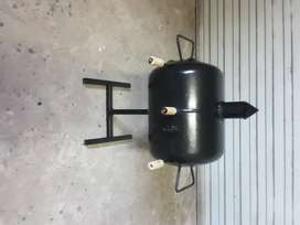 Mini braai smoker