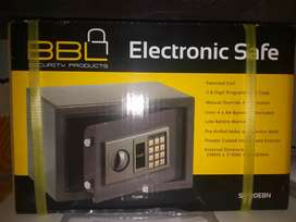 Small bb safe