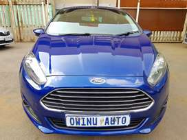 Ford Fiesta Eco boots 1.0i