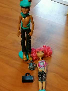 Howleen Wolf and Clawd Wolf monster high dolls