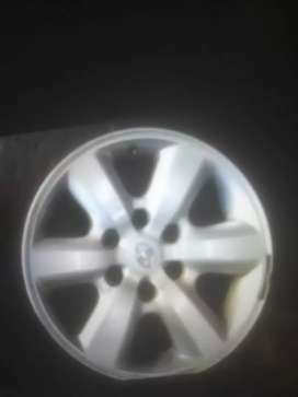 Toyota Fortuner meg wheel 17inch