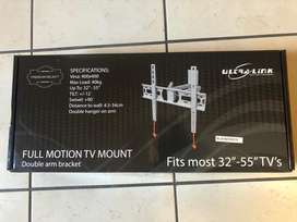 Full Motion TV Mount & Black Swivel TV bracket