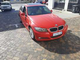 BWM E90 2011 MODEL IN IMMACULATE CONDITION
