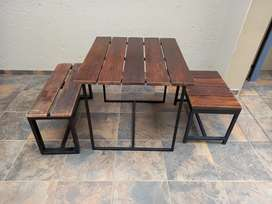 Table with 2 Benches - Very Strong