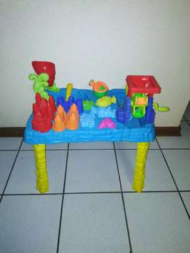 Toddler Fortress water and sand play table