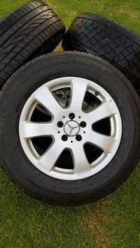 Image of Mercedes Benz ML 350 Mags and tyres