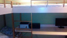 кровать двухъярусная. 3 места+ раб. стол