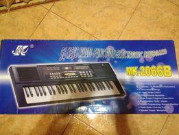 Детский синтезатор с микрофоном