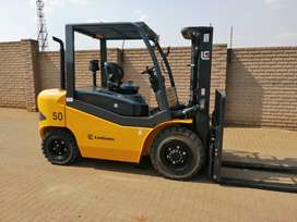 LIUGONG 5 TON DIESEL FORKLIFT AVAILABLE.