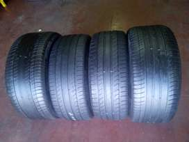 275/40/19 and 245/40/19 Michelin runflat